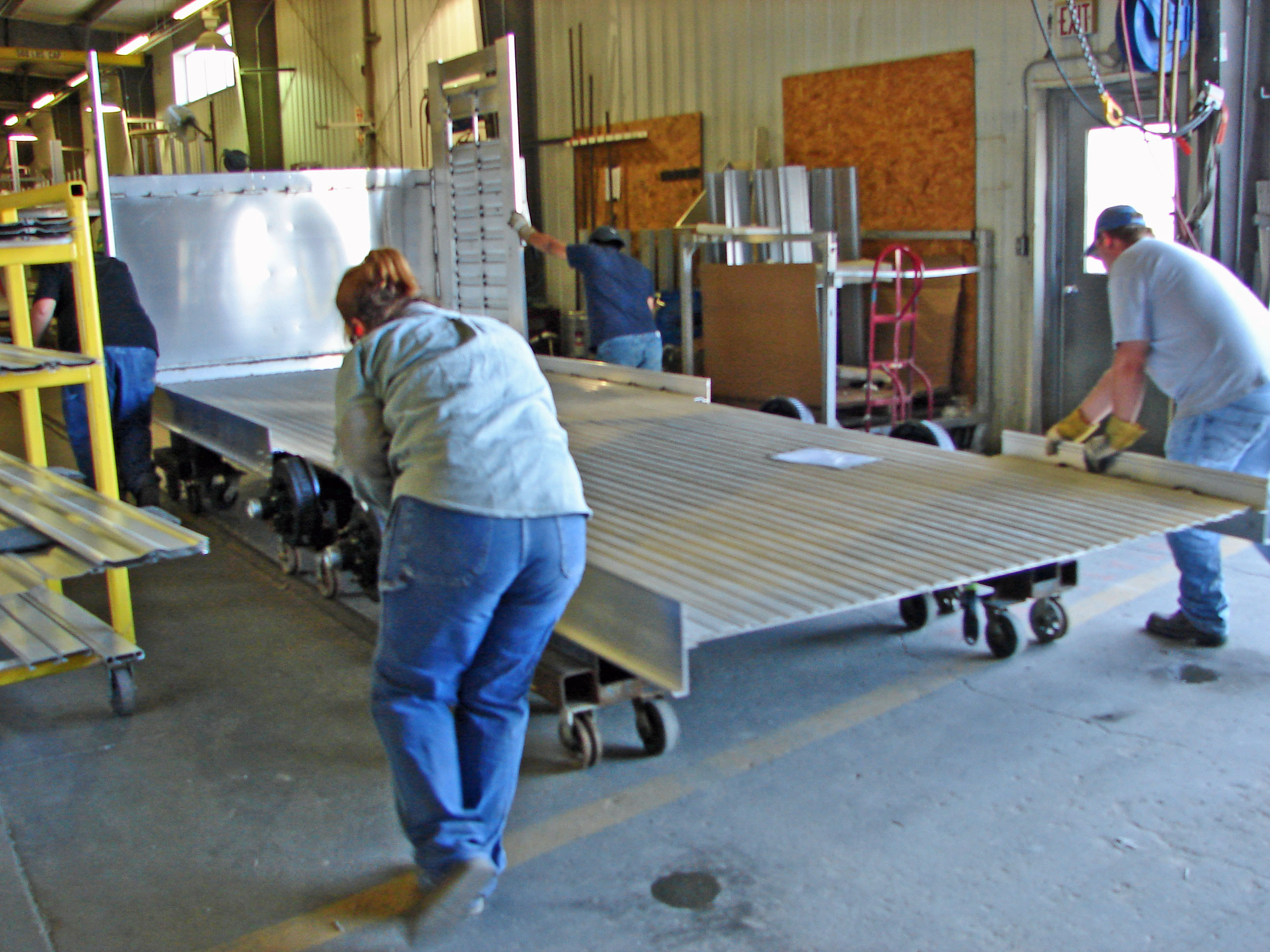 featherlite horse trailer wiring harness    featherlite       trailer    factory review welcome to mrtrailer com     featherlite       trailer    factory review welcome to mrtrailer com