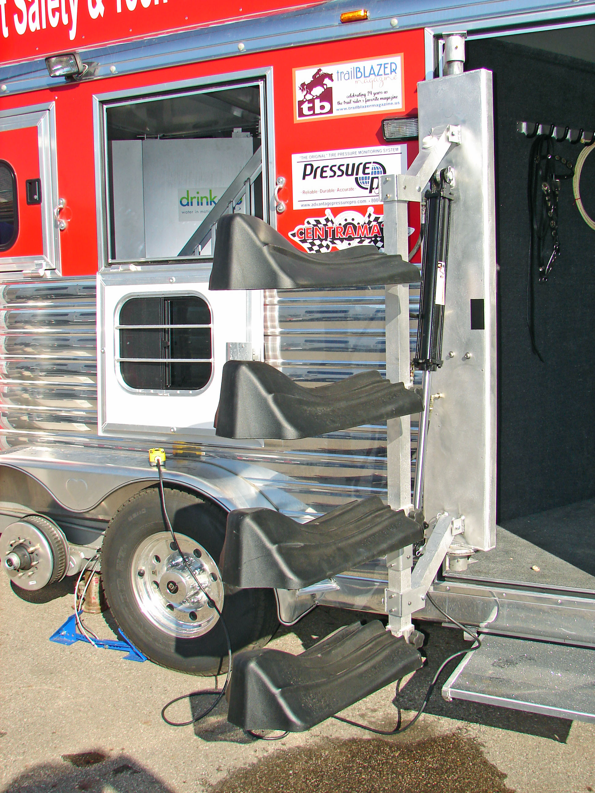 Saddlematic Trailer Power Saddle Rack Hydraulic Tongue Jack Moreover 4 Flat Wiring Push The Button Load Them Fold Away And Head For Home With Swing Out Model It Swings Outside Of Tack Door Easy Access Locks Into