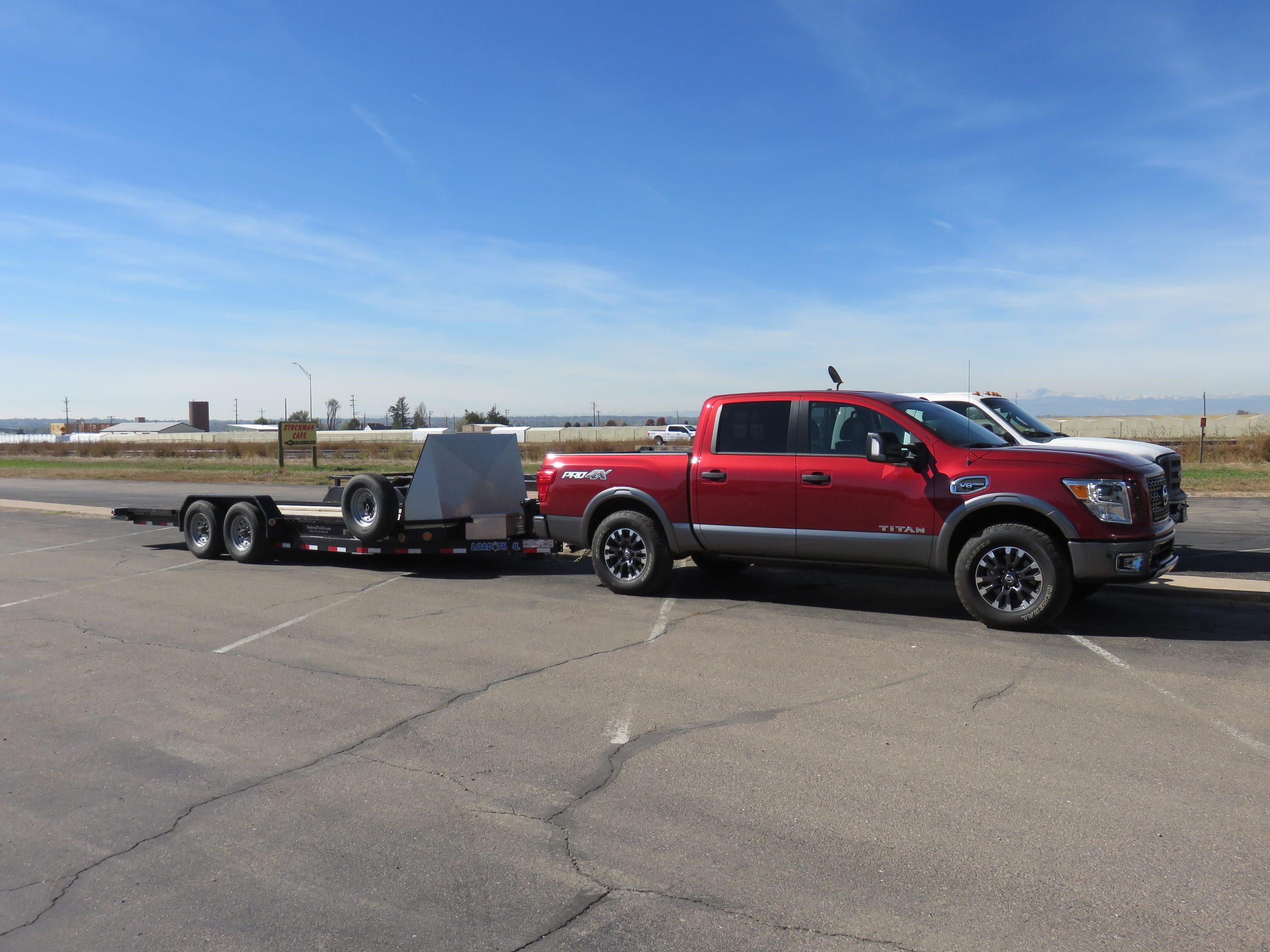 Nissan Titan Half Ton 2017 Truck Review